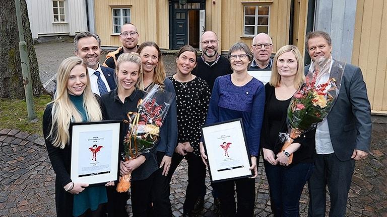 En gruppbild av vardagshjältar. Foto: Simone Syversson/Enomis