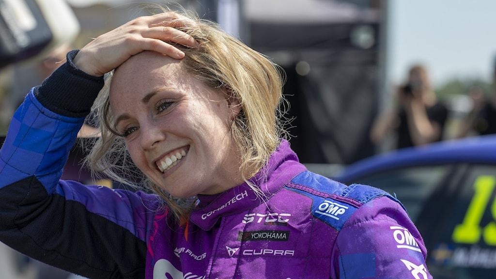 Mikaela Åhlin-Kottulinsky efter ett STCC-race. Foto: Micke Fransson/TT arkiv.