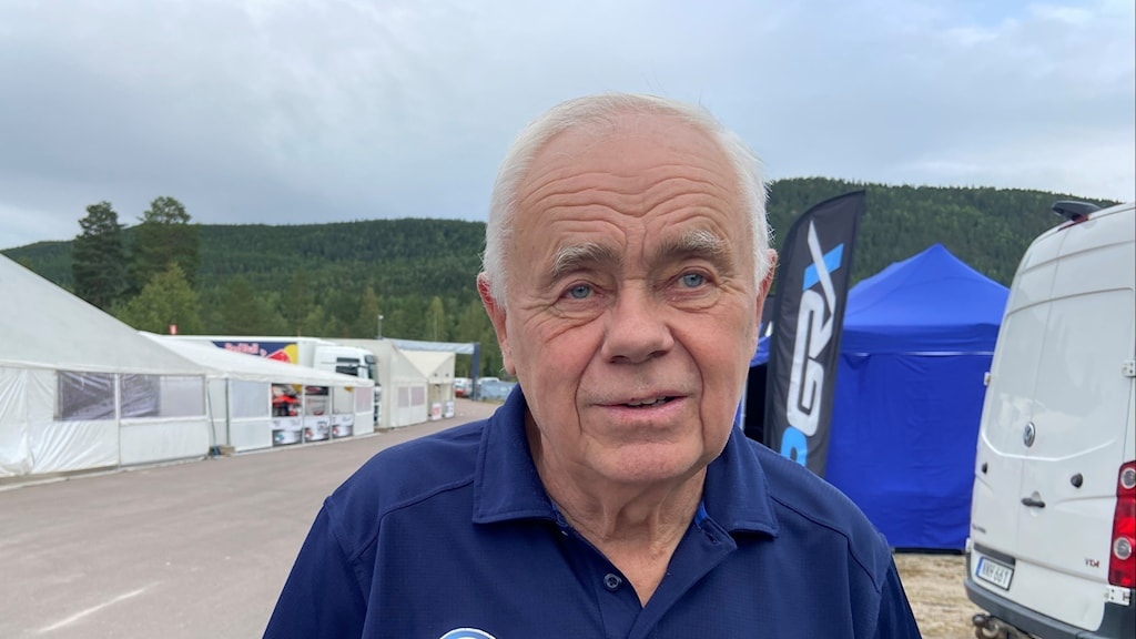 Per Eklund Rallycrossförare från Arvika som i höst har 50 år inom rallycrossen, och som i helgen kör under rallycross VM i Höljes.