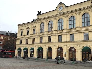 Domare vid Värmlands tingsrätt varnas