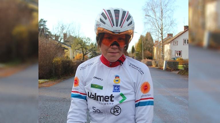 Anna Bäck paracyklist. Foto Magnus Skoglund