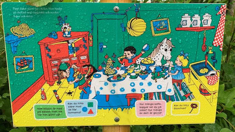 En färgglad bild med Pippi Långstrump, Tommy och Annika.