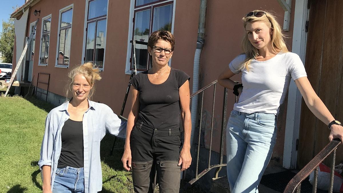 Anna Asplind, Lena Nilsson och Stella Broos. Foto: Per Larsson/Sveriges Radio.