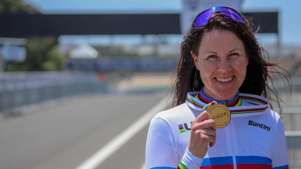 Anna Beck, guldmedaljör i paracykel.