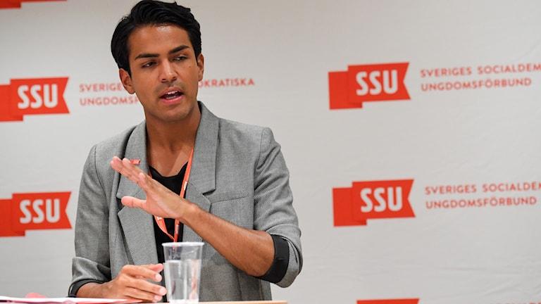 Philip Botström blir omvald som förbundsordförande för SSU. Foto: Erik Simander/TT