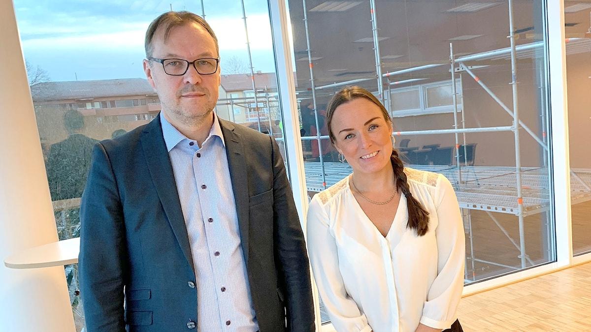 Niklas Lindh och Linda Larsson. Foto: Gustav Jacobson/Sveriges Radio.