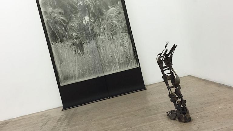 Konstverk från en utställning. Foto: Laila Carlsson/Sveriges Radio.