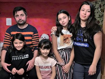 10-åriga Mahsa ska utvisas - tycker inte att barnkonventionen följs