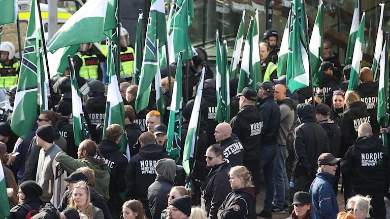 Nordiska motståndsrörelsens (NMR) vid demonstrationen i centrala Göteborg. Foto: Adam Ihse/TT.