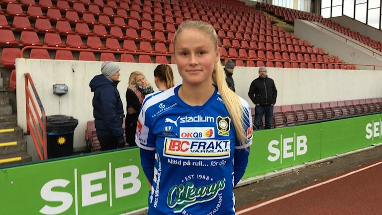 Amanda Jansson efter förlustmatchen mot Sundsvall med 0-1. Foto: Daniel Viklund/Sveriges Radio.