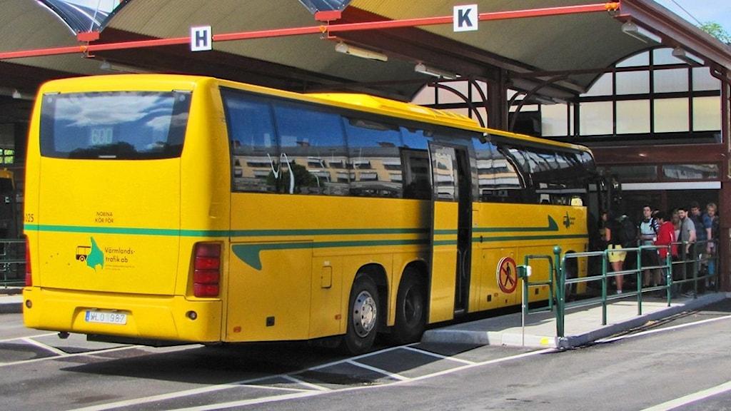 Buss i nya bussterminalen. Foto: Isak Olsson/Sveriges Radio.