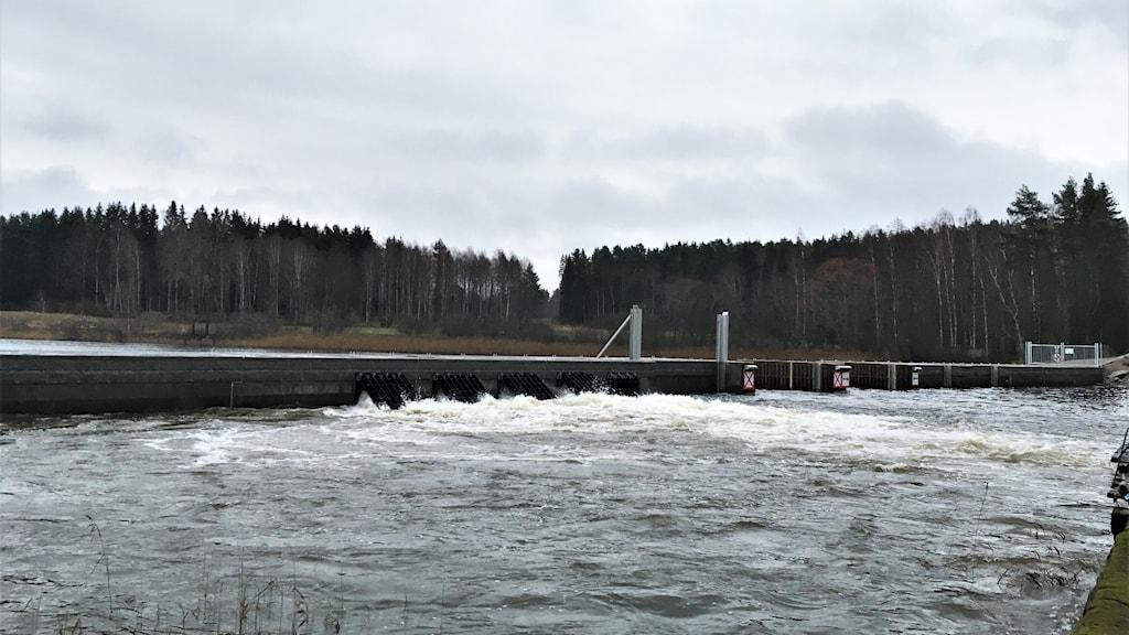Översvämningsskydd i Glafsfjorden utanför Arvika.
