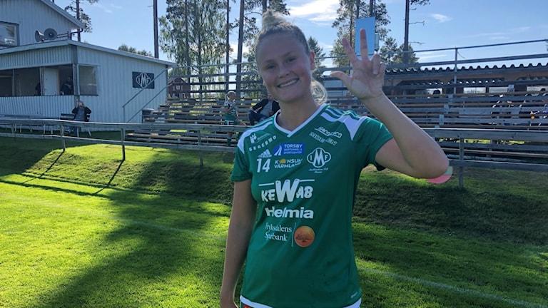 Matchvinnaren Amanda Jansson, Mallbacken. Foto: Daniel Viklund/ Sveriges Radio.
