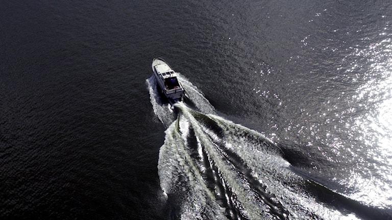 Båt på vatten
