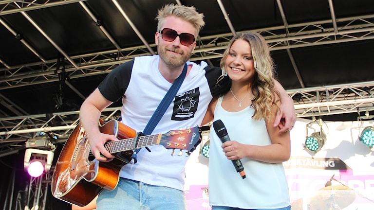 Stefan Larsson och Matilda Knutsson. Foto: Lars-Gunnar Olsson/Sveriges Radio.