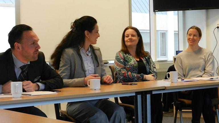 Mathias Karlsson, öppenvården, Laura von Kobyletzki läkare och forskare, Maria Gäwert sjuksköterska och Karin Lendrup läkare.