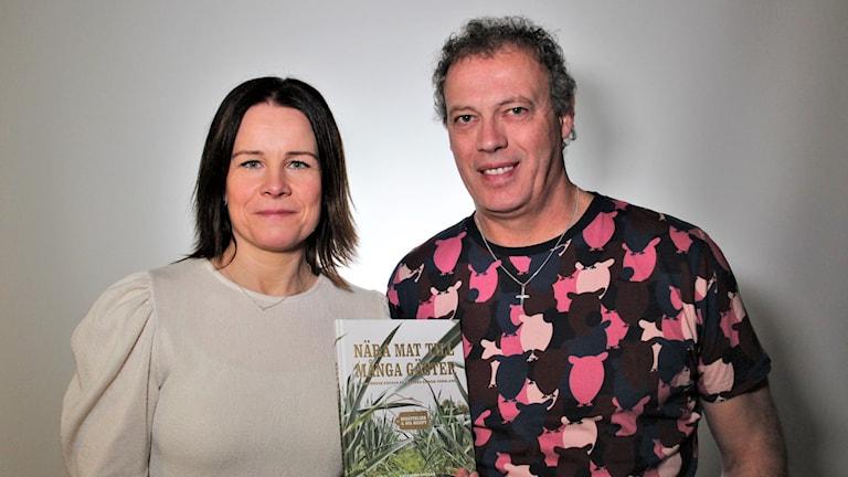 Alain Grenard och Jeanette Karlsson. Foto: Frida Granström/Sveriges radio