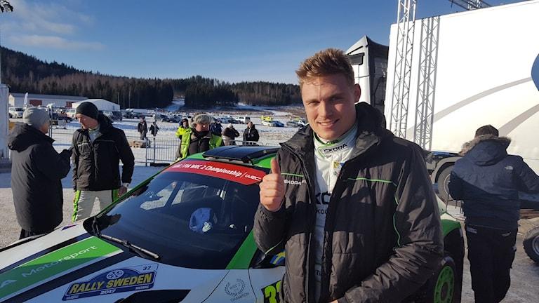 Pontus Tidemand och Jonas Andersson efter segern i WRC2-klassen i Svenska Rallyt.