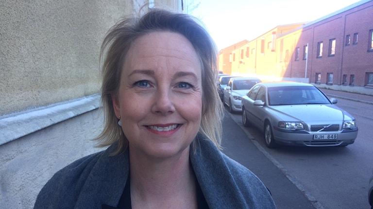 Maria Kjällström Skoldirektör barn- och ungdomsförvaltningen. Utanför SR-huset. Foto: Micael Thernström/Sveriges Radio
