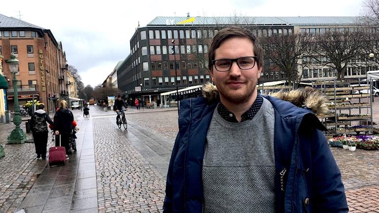 Vänsterpartistiska risdagsledamoten Håkan Svenneling satt med i landsbygdskomittén