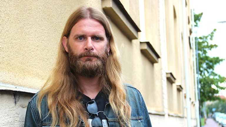 Musikern Johan Carlsson. Foto: Rebecka Kettil/Sveriges Radio