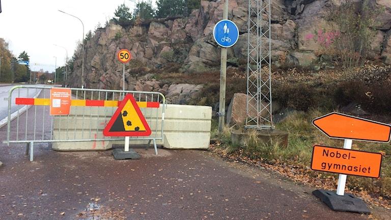 En avstängs gång- och cykelväg. Foto: Per Larsson/Sveriges Radio.