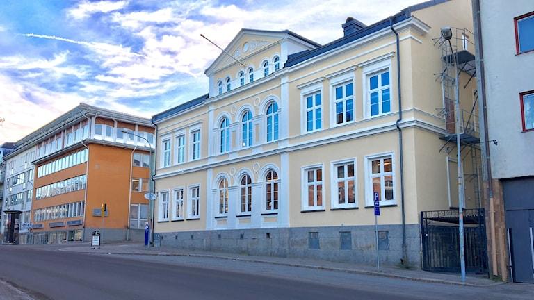 En fastighet i centrala Karlstad. Foto: Magnus Hermansson/Sveriges Radio.