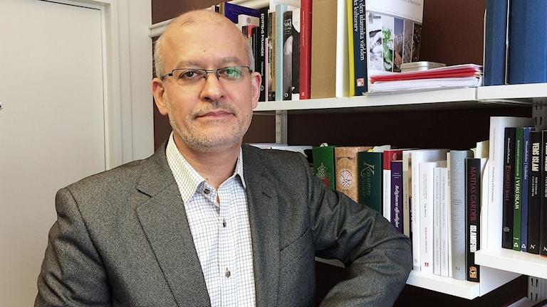 Mohammad Fazlhashemi, professor i islamisk teologi, Uppsala universitet. Foto: Hedvig Nilsson/Sveriges Radio.