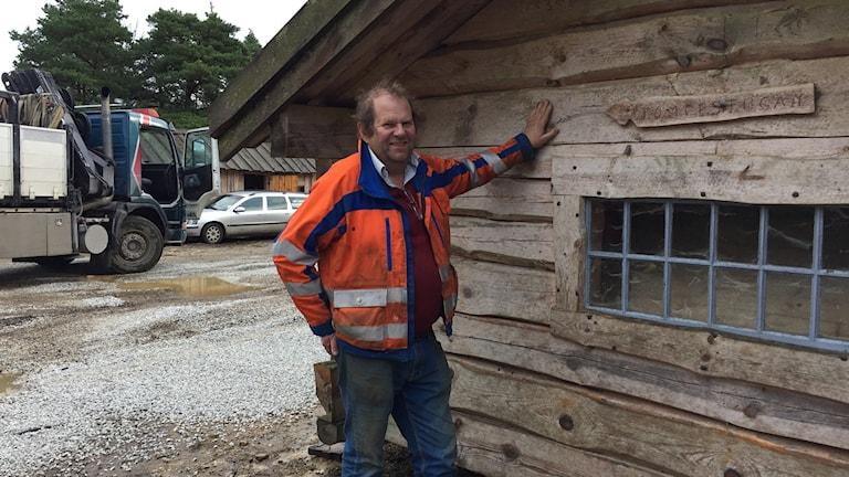 Tomten Håkan Thornell har flyttat tomtebyn