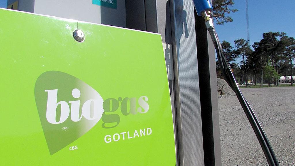 Biogaspump i Visby. Foto: Karin Brindt/P4 Gotland Sveriges Radio