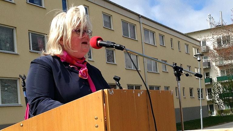 Carina Ohlsson (S) förstamaj-talar i Visby 2013.