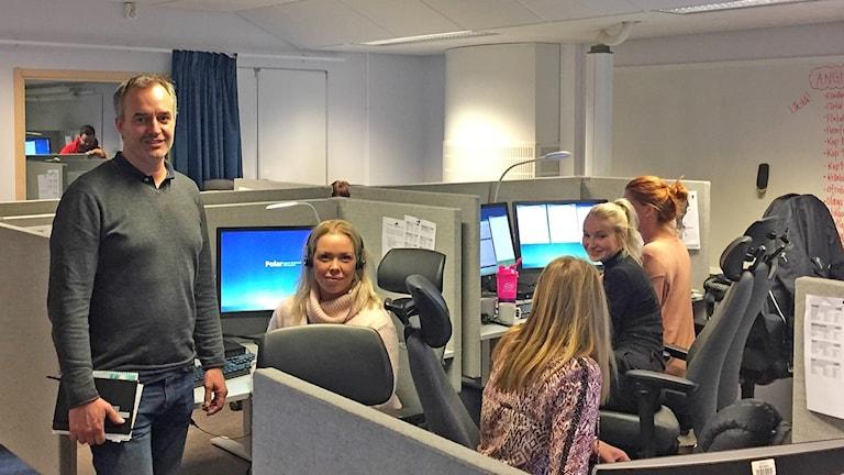 Magnus Holmén och Emma Wahlby polisens kontaktcenter