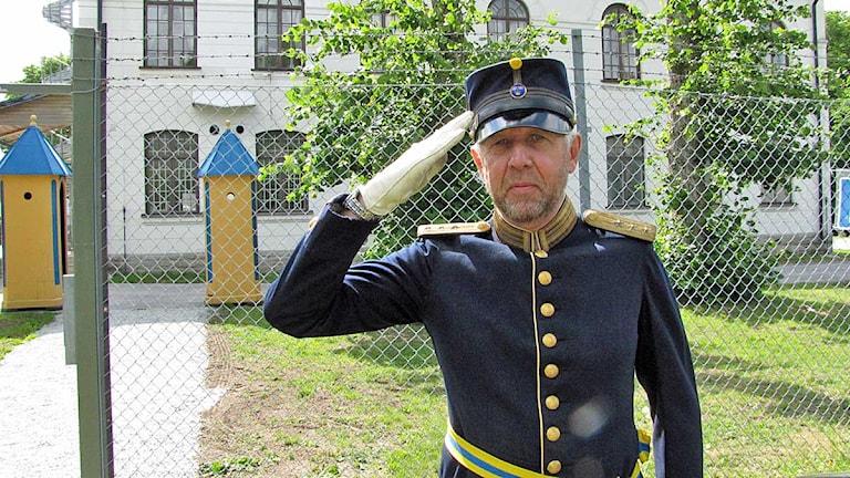 Tingstädes försvarsmuseum honnör av Lars Boström Foto Lasse Ahnell SR/Gotland