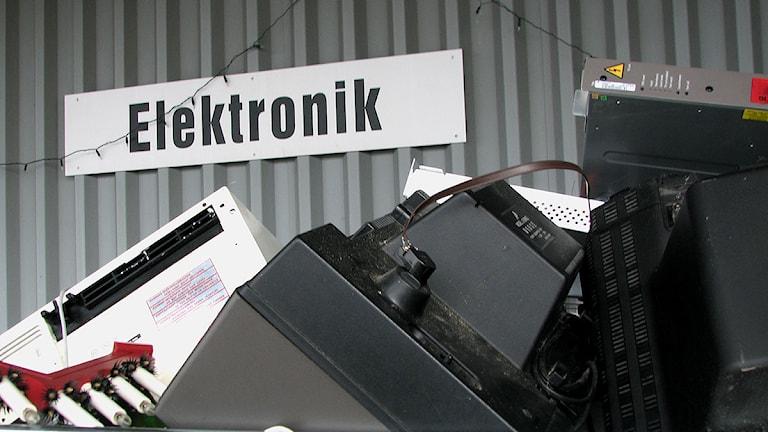 Elektronikskrot på återvinningscentral. Foto: Ulrika Uusitalo-Fernholm/SR Gotland