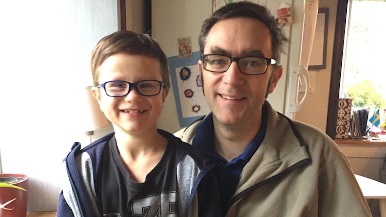 Torbjörn, åtta år med pappa Petter