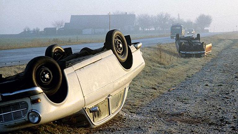 Voltade bilar i halka. Foto: SVT BILD