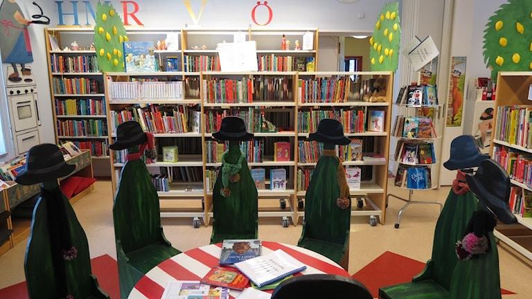 Fårösundsskolans bibliotek. Foto: Anna Jutehammar / SR Gotland