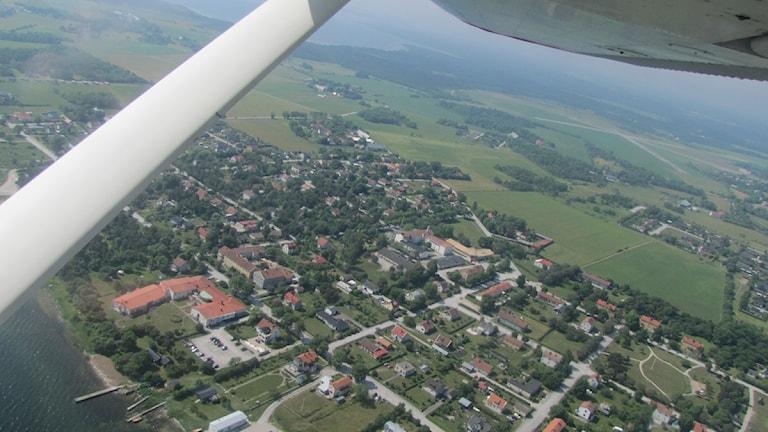 Fårösund från ovan. Foto: Jesper di Corsi/P4 Gotland