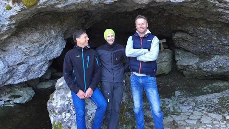 """""""Grottmännen"""" Lars """"Lalla""""Pettersson, Alexander Bennerstål och Per Bäckström har haft ett hektiskt mediedygn."""