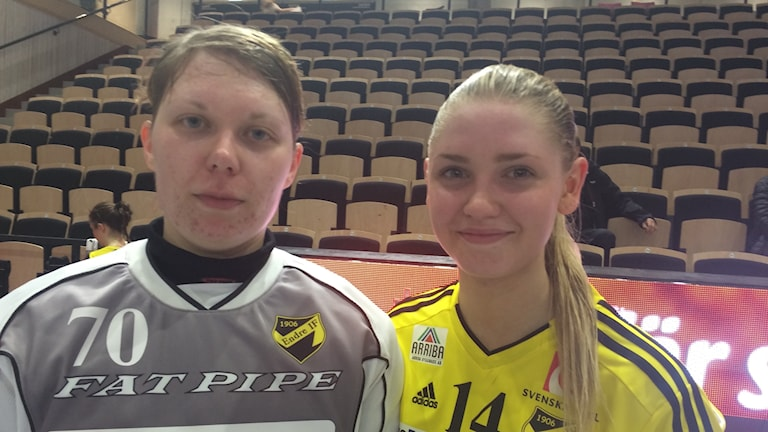 Liisa Kokkonen och Alva Olofsson I Endre IBK