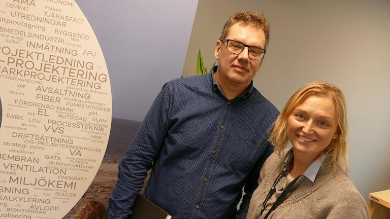 Bo Dahlström med kollega Josefin Moberg på ÅF i Visby.