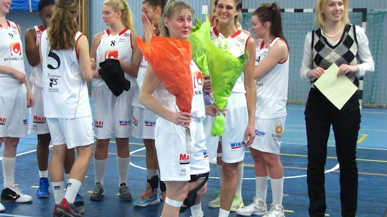 Marie Söderberg säger tack och hej till Visby Ladies.