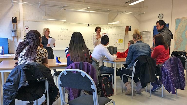 Lektion på SFI. Foto: Hanna Sihlman / Sveriges Radio P4 Gotland