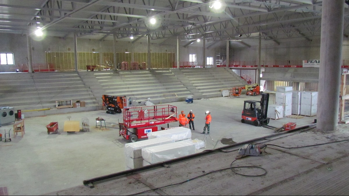 Bygget av nya sporthallen i Visby. Foto: Hanna Sihlman/Sveriges Radio
