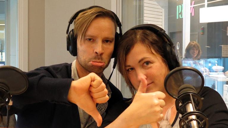 Erik Larsson och Helena Håkansson. Foto: Jonas Neuman/Sveriges Radio