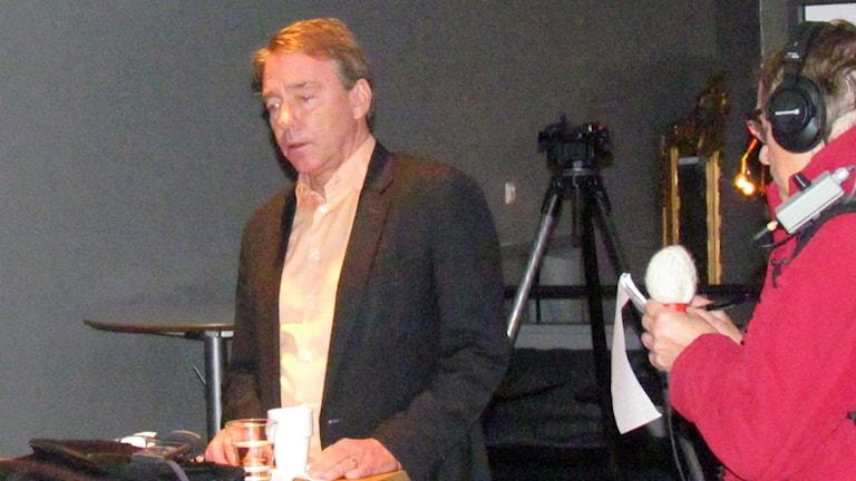 Jan Björinge och Gunnel Wallin. Foto: Stefan Leoson/Sveriges Radio