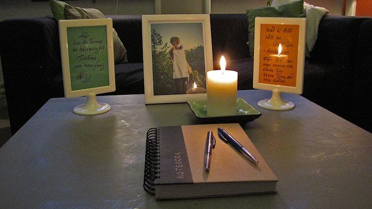 På Fenix ungkulturhus skulle Tristan Björling uppträtt ikväll. Istället blir det möjlighet att skriva hälsning till familjen och minnas Tristan i ett av rummen.
