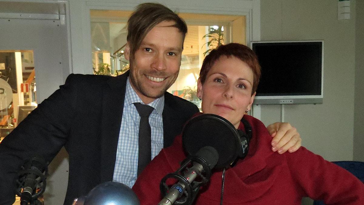 Erik Larsson och Cristina Jardim Ribeiro. Foto: Jonas Neuman/Sveriges Radio