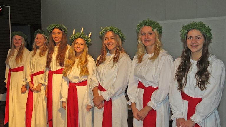 Lisa Björkegren, Cecilia Holmqvist, Agnes Erlandsson, Amanda Söderdahl, Emelie Karlsson, Alva Hansson och Emma Forsberg. Foto: Mika Koskelainen/Sveriges Radio