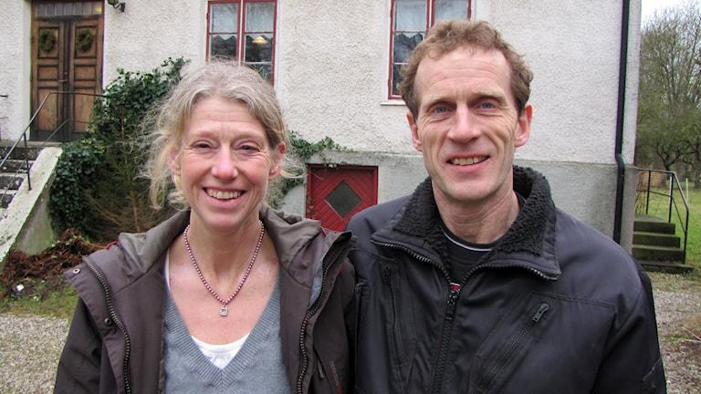 Pernilla Svensson och Lars Jakobsson. Foto: Mari Winarve/Sveriges Radio